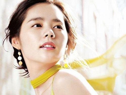 Nâng mũi đẹp với sống mũi kiểu Hàn Quốc 1