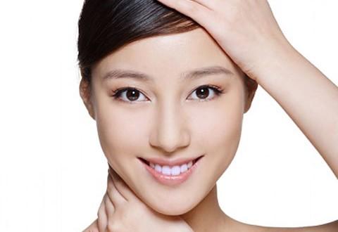 Nâng mũi không phẫu thuật bằng Restylane Perlane 2