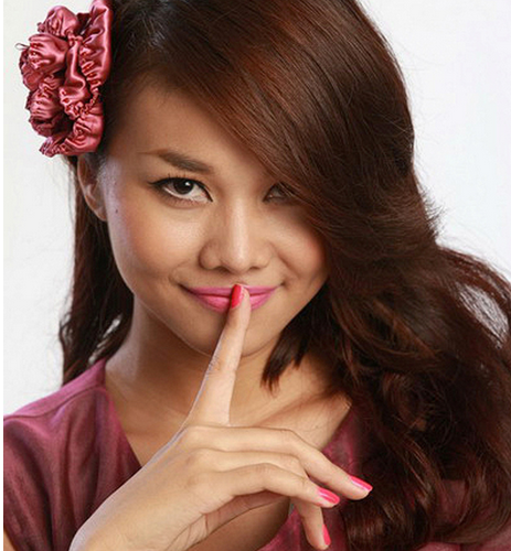 Thanh-Hang-so-huu-chiec-mui-to-va-xau