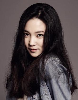 Yoon_So-Hee-p1_zpsa738aa1b