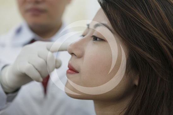 Chăm sóc tốt sau nâng mũi giúp bạn có được dáng mũi như ý