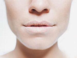 Khô miệng khi ngủ dậy liệu có phải bệnh lí nguy hiểm?