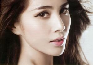 Gọt mặt công nghệ Hàn Quốc giúp tạo khuôn mặt thon gọn, sắc nét