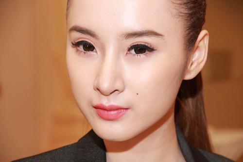 """""""Soi"""" hình ảnh Phương Trinh sửa mũi: Trước và sau 6"""